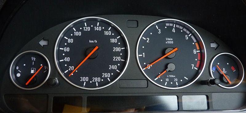 MAZDA MX5 MX-5 Tachowelle Sensor Geber Tachogeber Geschwindigkeitsanzeige 1.6